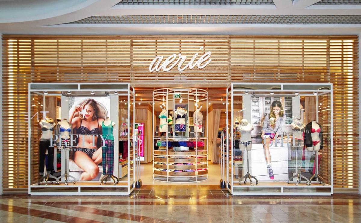 Rolling Out: Aerie - Slat Storefront - Architect: Neumann & Rudy