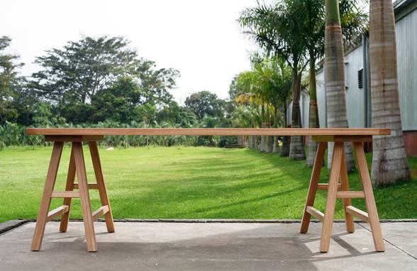 Custom Oak Trestle Table - Architect: Neumann & Rudy