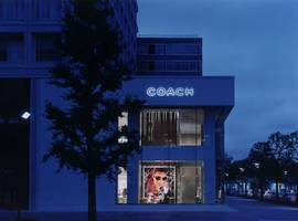 Coach Marunouchi, Tokyo, Japan - Architect: Neumann & Rudy