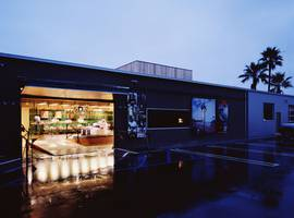 Hurley, Costa Mesa, California - Architect: Neumann & Rudy