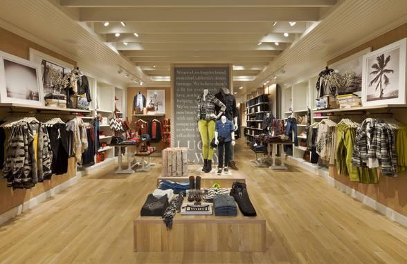 Lucky Brand, Santa Monica, CA - Architect: Neumann & Rudy
