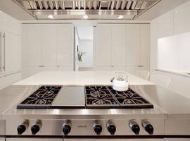 Fifth Avenue Kitchen, New York, NY - Architect: Neumann & Rudy