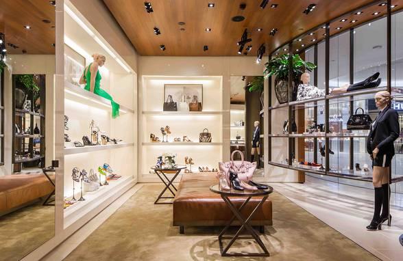 Ralph Lauren Bangkok, Thailand - Architect: Neumann & Rudy